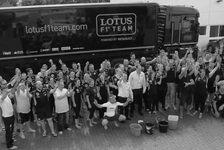 Formel 1 - Video: Lotus stellt sich der Ice Bucket Challenge