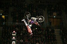 NIGHT of the JUMPs - Video: Schwerer Sturz von Ivankov in Sofia