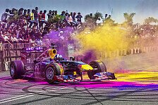 Formel 1 - Video: Farbenfroher Red-Bull-Showrun in Indien