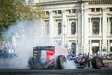 Formel 1 - Video: Red-Bull-Showrun in Wien