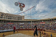 NIGHT of the JUMPs - Miralles f�hrt zur Sommerpause : Halbzeit im Maxxis Highest Air