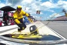 NASCAR - Video: Keselowski l�sst Boxencrew tanzen