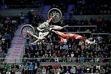 NIGHT of the JUMPs - Video: Saisonstart in Linz
