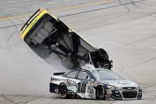 NASCAR - Video: Kenseth hebt in Talladega ab, Patrick kracht in Mauer