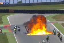 Bikes - Feuerball bei der CEV Moto2 in Spanien im Video: Explosion: Horrorcrash bei CEV in Aragon