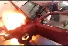 Motorsport - Video: VW Golf on Fire