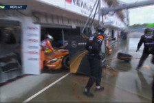 DTM Unfall-Video: Lucas Auer crasht in Budapest-Boxengasse
