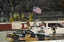 NASCAR: Fotos Rennen 25 - Darlington Raceway Night Race