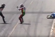 Irres Video: Schlägerei auf der Strecke - während dem Rennen!