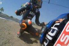 Kuriose Szene: VR46-Teamkollegen crashen auf Auslaufrunde