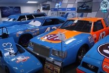NASCAR - Video: NASCAR: Mit Richard Petty und Dale Inman durchs Petty Museum