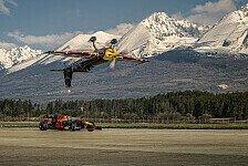 Red-Bull-Roadtrip: Coulthard beeindruckt bei Flugzeug-Stunt