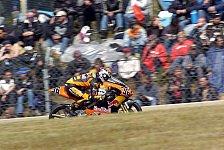 MotoGP - 1. Training 125cc: Nicolas Terol vor Mika Kallio