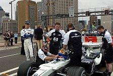 Formel 1 - Bilder: Mark Webber überfuhr die Sydney Harbour Bridge