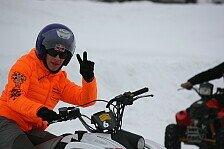 MotoGP - Bilder: Winterspaß: Bradl auf vier Rädern