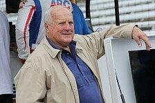 IndyCar-Legende A.J. Foyt fackelt Bienenschwarm mit Diesel ab