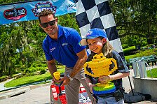 NASCAR - Bilder: Casey Mears im Legoland Florida