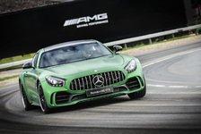 Auto - Video: Lewis Hamilton stellt den Mercedes-AMG GT R vor