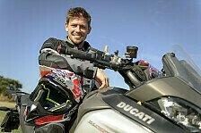 MotoGP - Bilder: Ducati-Schule: Casey Stoner beim ersten Enduro-Test