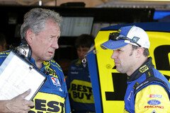 Crew Chief Jimmy Fennig mit Matt Kenseth - Foto: Ford