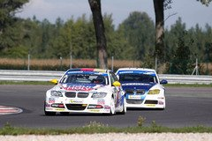 Hei�e Fights in der Division 1 - Foto: ADAC