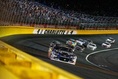 Jimmie Johnson liegt in F�hrung - Foto: NASCAR
