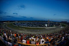 Night Race auf dem Kentucky Speedway - Foto: NASCAR