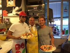 Leckere Pizza f�r Rosberg - Foto: Facebook