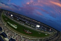 Night Race auf dem Daytona International Speedway - Foto: NASCAR