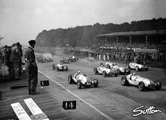 Von Brauchitsch beim Start in Donington 1937 - Foto: Sutton