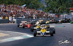 So ging es beim Australien GP 1985 in Adelaide ab - Foto: Sutton