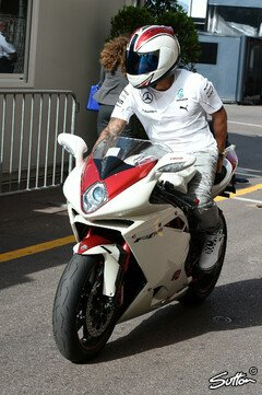 Cool, cooler, Lewis Hamilton - Foto: Sutton