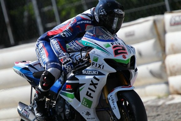 Leon Camier will in Misano in die Superpole