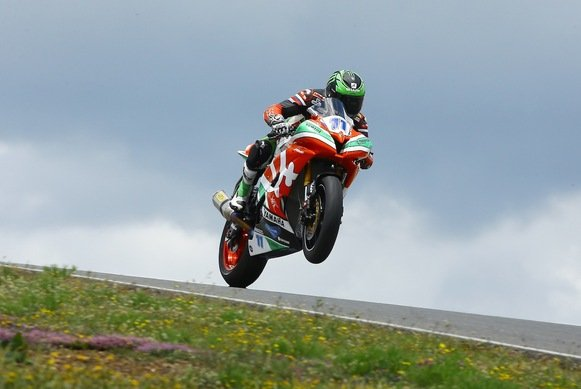 Sam Lowes - der Überflieger in der Supersport-WM
