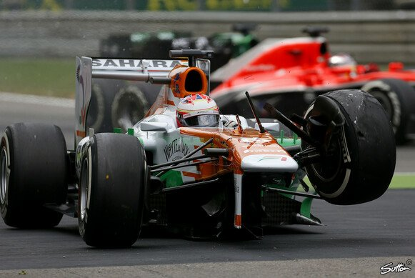 Paul di Resta crashte in Runde eins
