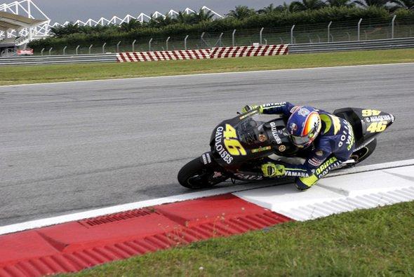 Rossi drehte heute die zweitschnellste Zeit in Sepang. - Foto: Gauloises Racing