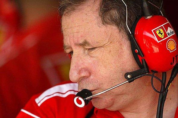 Jean Todt glaubt, dass alle Regeländerungen nur ein Ziel verfolgen: Ferrari einzubremsen. - Foto: xpb.cc