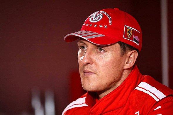 Michael Schumacher hatte wieder einmal ein Herz für Kinder und Notleidende. - Foto: xpb.cc