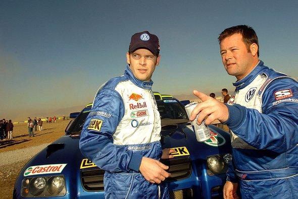 Robby Gordon und sein Beifahrer Dirk von Zitzewitz. - Foto: VW Motorsport