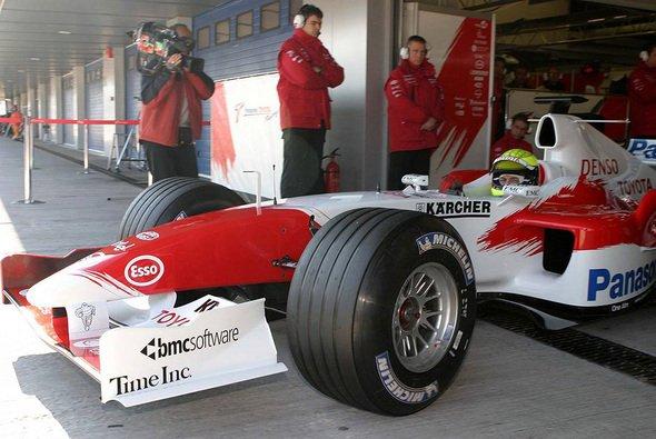 Ralf Schumacher erlebte ein gutes Roll-Out des TF105. - Foto: xpb.cc
