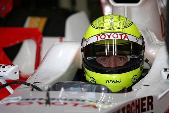 Ralf durfte als Erster den neuen Toyota fahren. - Foto: xpb.cc