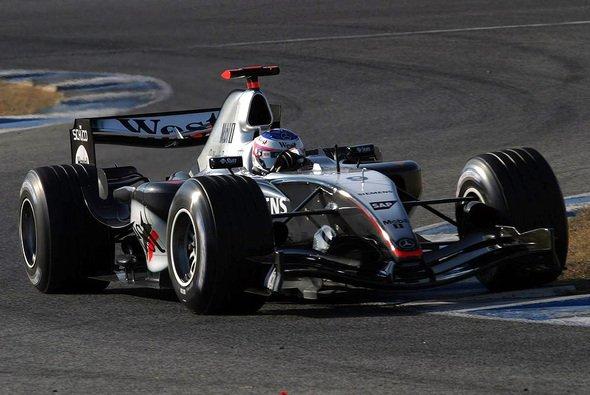 In Jerez debütierten das neue McLaren-Duo und der neue Sponsor. - Foto: xpb.cc