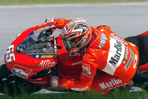 Capirossi dominierte die Zeitenlisten in Sepang. - Foto: Ducati