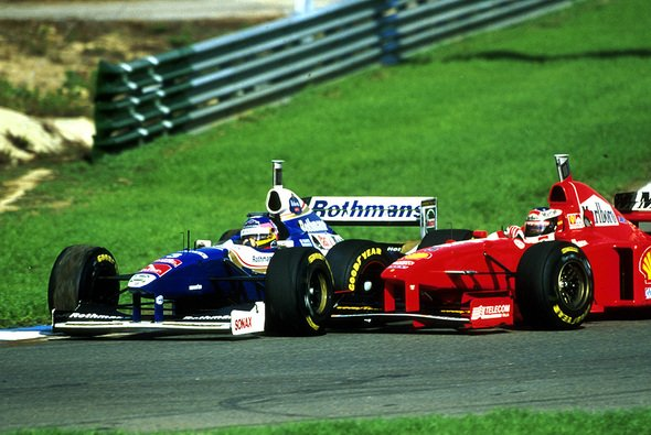 Auch trotz der Kollision in Jerez - nach einem neueren Punkteschlüssel hätte der Weltmeister 1997 Michael Schumacher geheißen - Foto: Williams