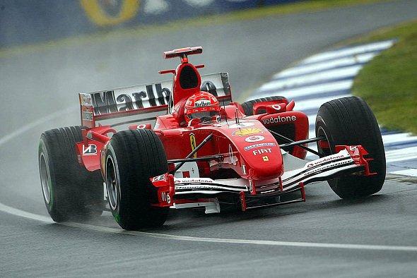 Auf abtrocknender Strecke hatte Michael Schumacher keine Chance. - Foto: xpb.cc