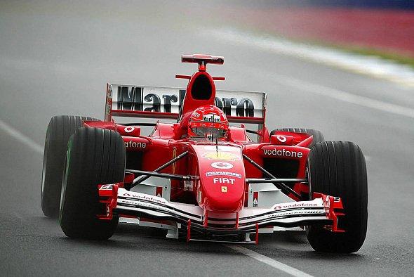 Michael Schumacher hätte lieber extreme Regenreifen aufgezogen. - Foto: xpb.cc
