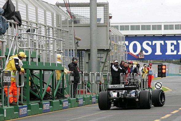 Patrick Friesacher durfte sein Debütrennen beenden. - Foto: xpb.cc