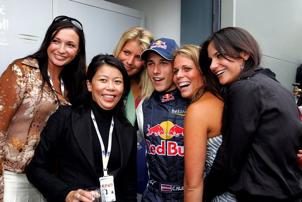 Red Bull und Christian Klien sind auch im Party-Feiern on top… - Foto: Red Bull Racing