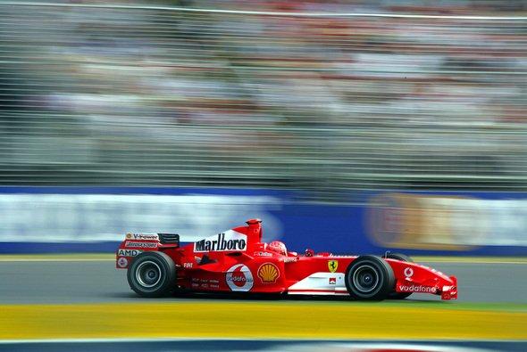 Michael Schumacher hatte sich den Saisonstart sicher anders vorgestellt. - Foto: Vodafone