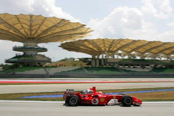 Michael Schumacher nutzte seine Zusatzkilometer von Melbourne für einige Long Runs. - Foto: xpb.cc